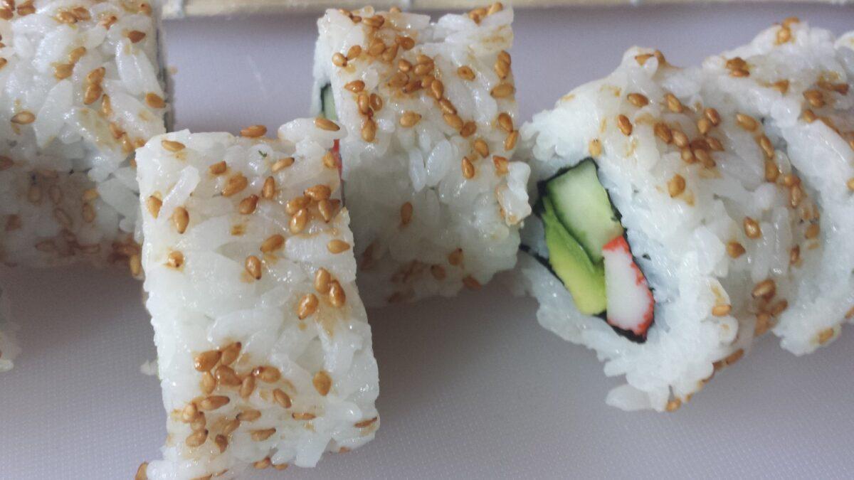 Drie redenen waarom de sushi workshop een perfecte zomeractiviteit is